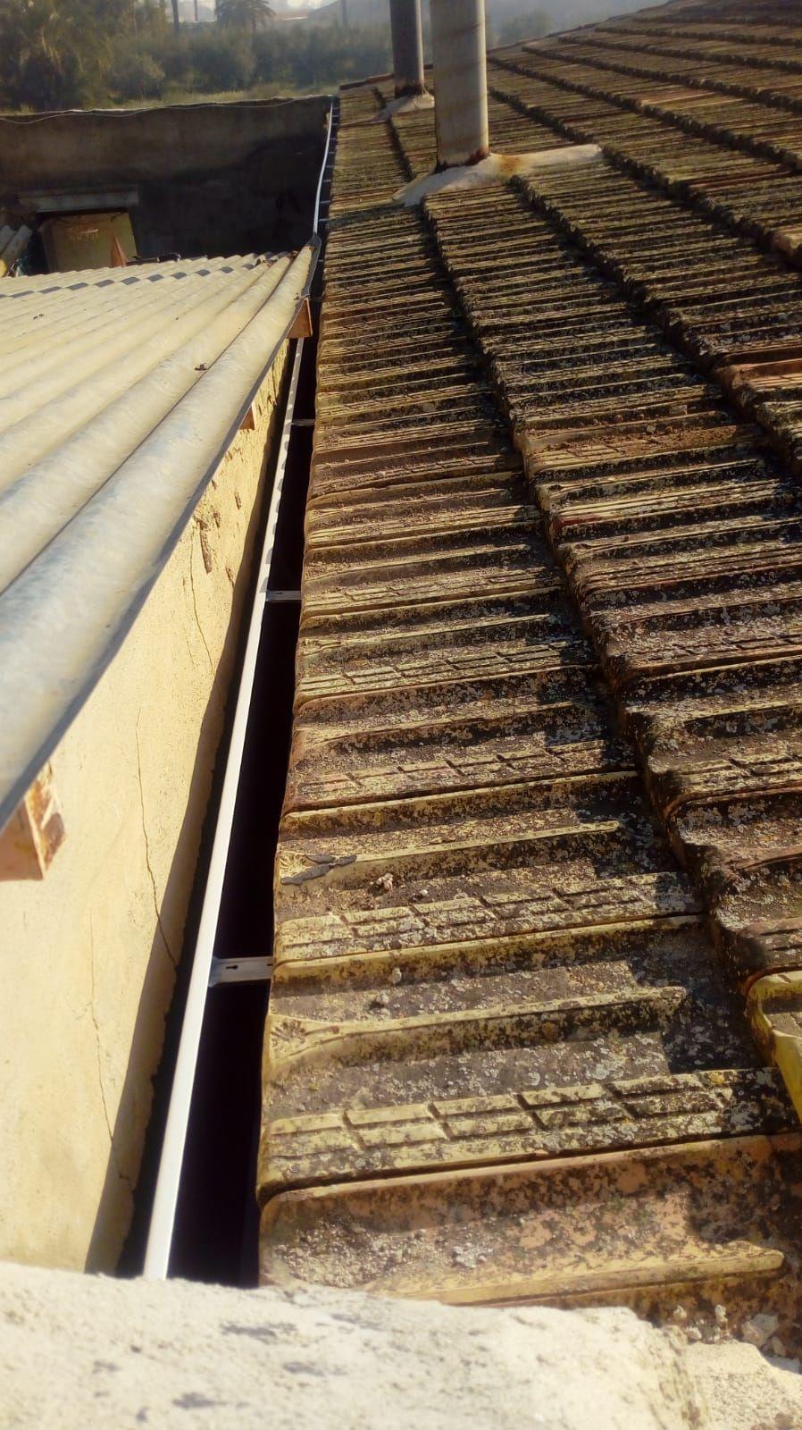 Foto 223 de Instalación de canalones de aluminio en  | Vicente Canalones
