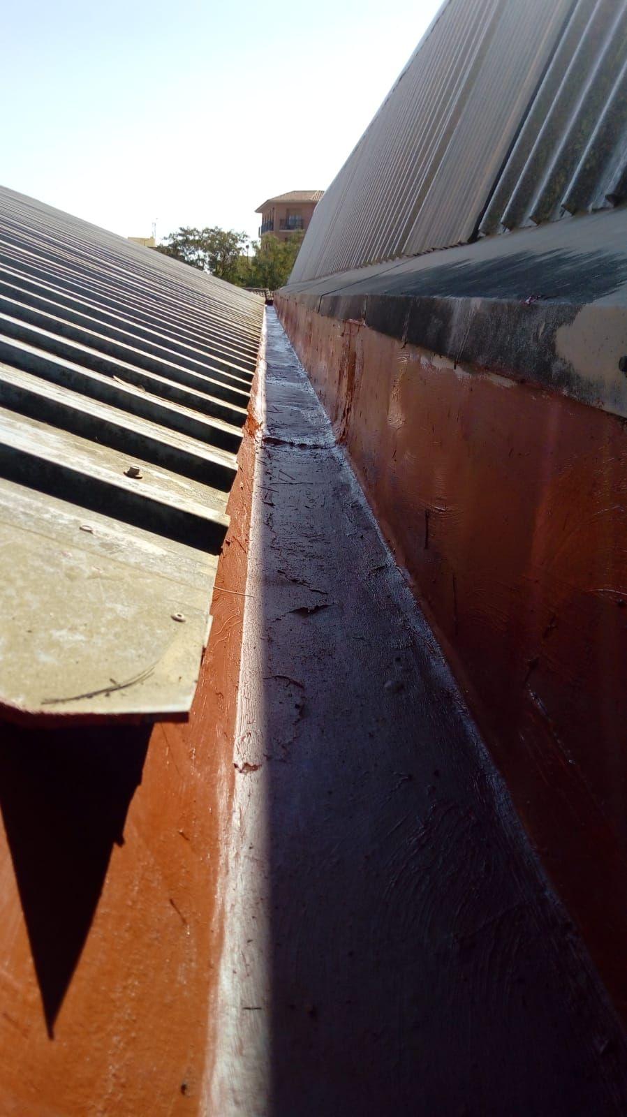 Foto 249 de Instalación de canalones de aluminio en  | Vicente Canalones