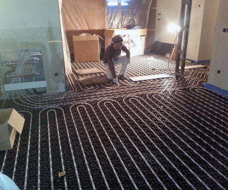 Trabajos de instalación de suelo radiante en Madrid