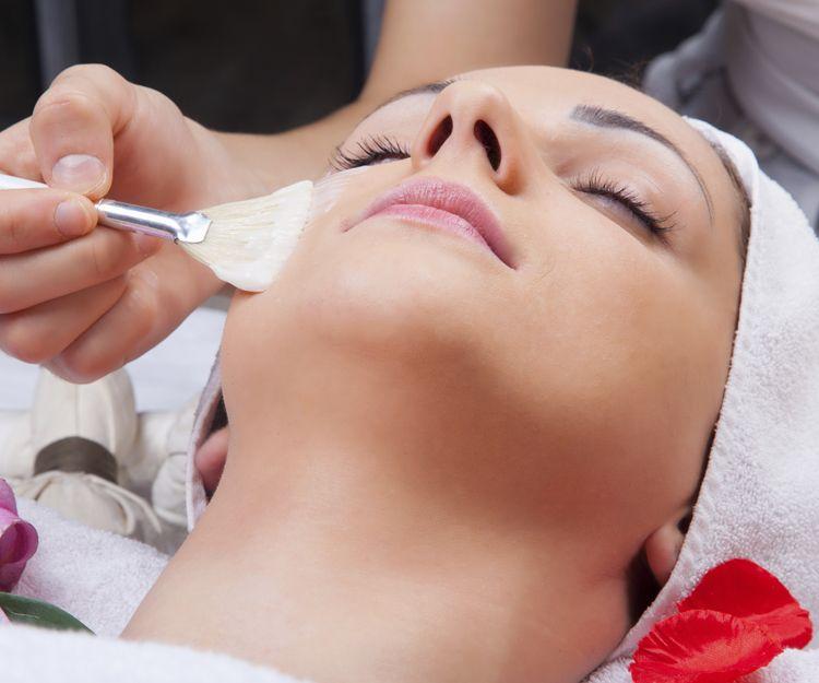 Tratamientos para el cuidado facial en Alcobendas