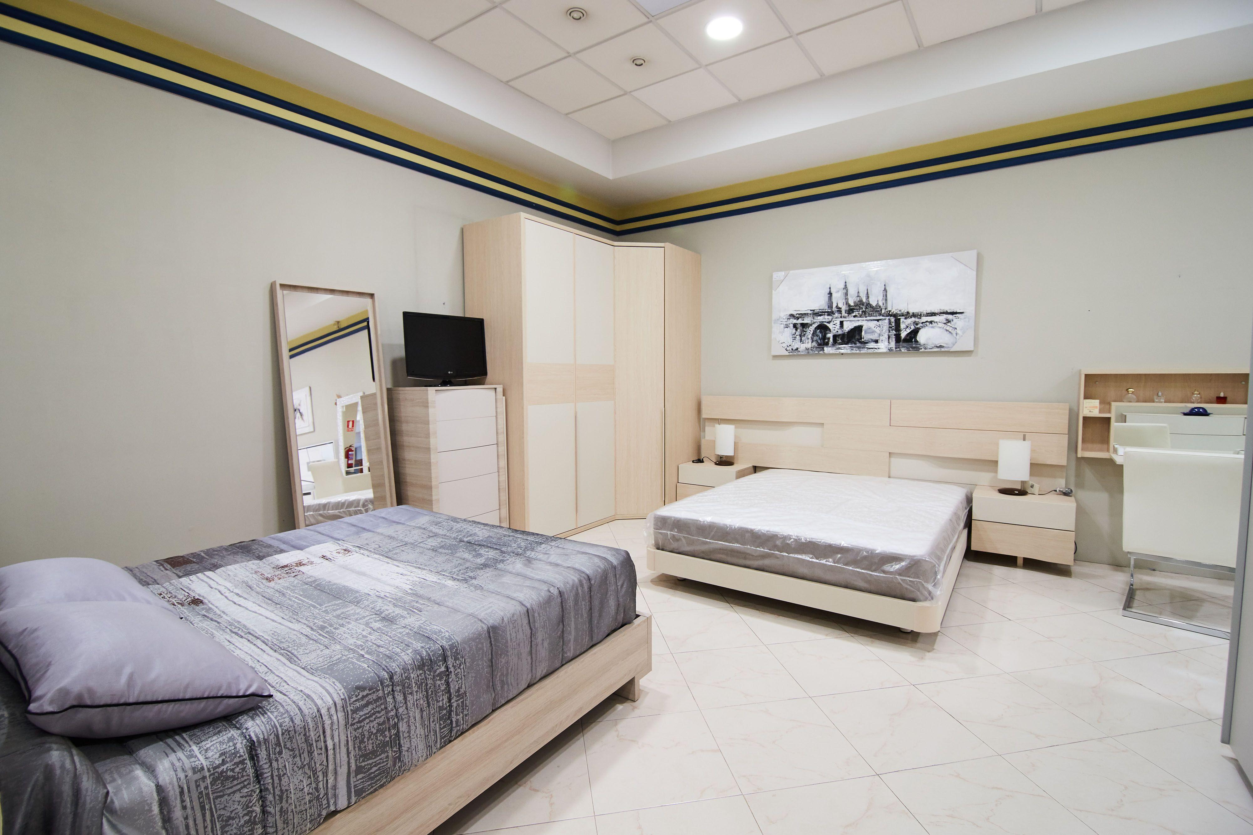 Exposición dormitorios Muebles El Pilar