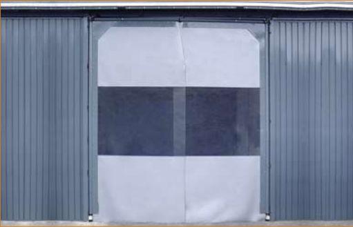 Puertas batientes de PVC en La Rioja