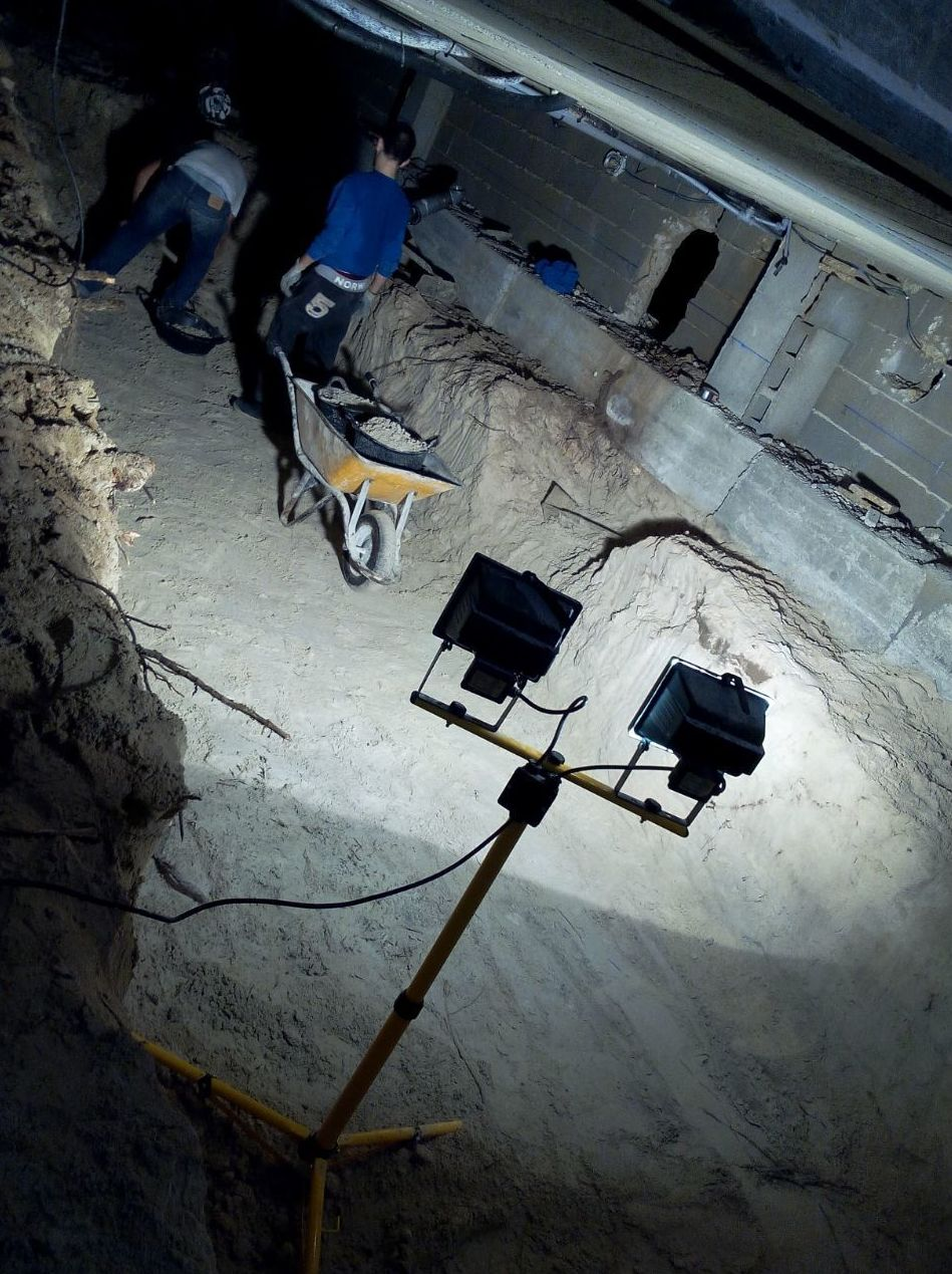 Excavacion en Pto de Alcudia ( Mallorca)