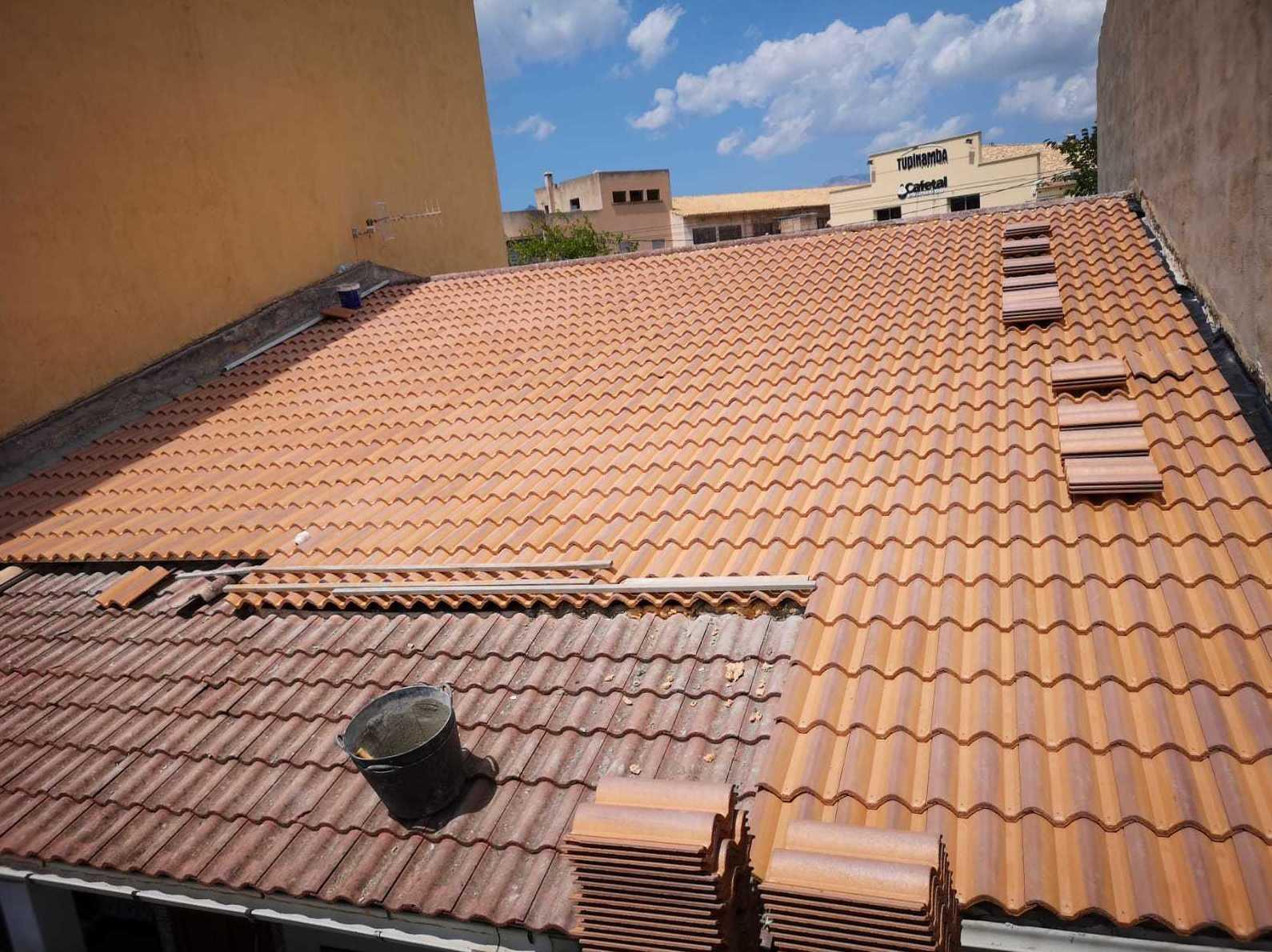 Arreglo de tejado en Inca