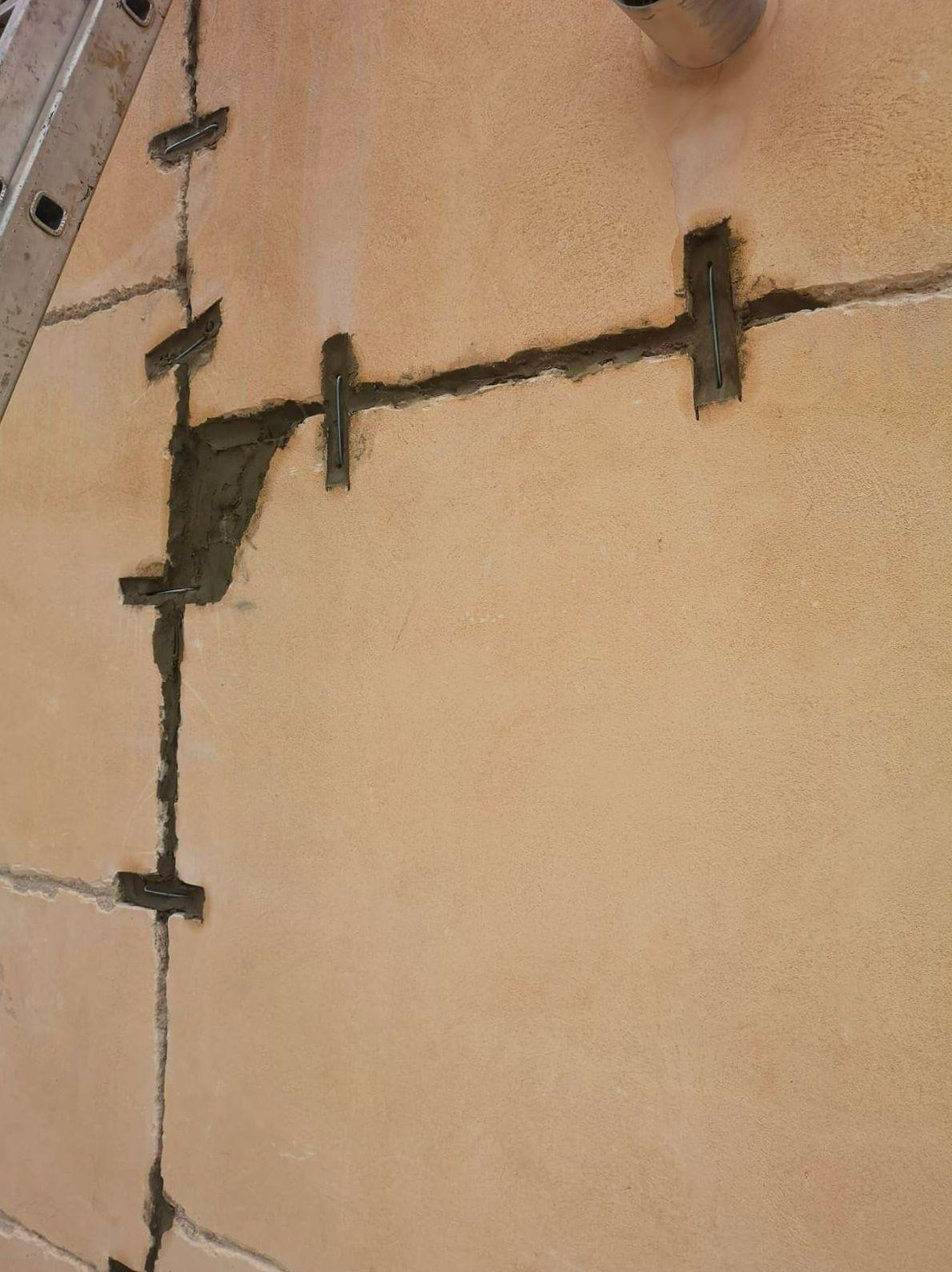 Arreglo de grietas en fachadas