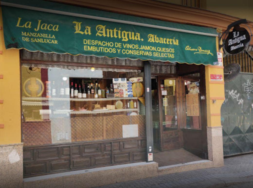 Tienda gourmet y bar de tapas Sevilla
