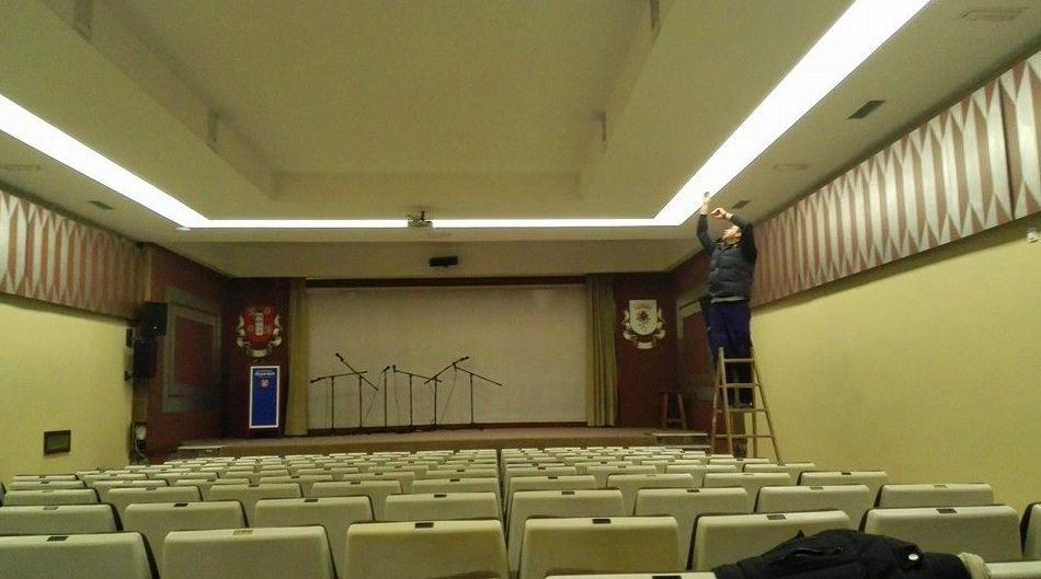 Iluminación de auditorio en Antequera
