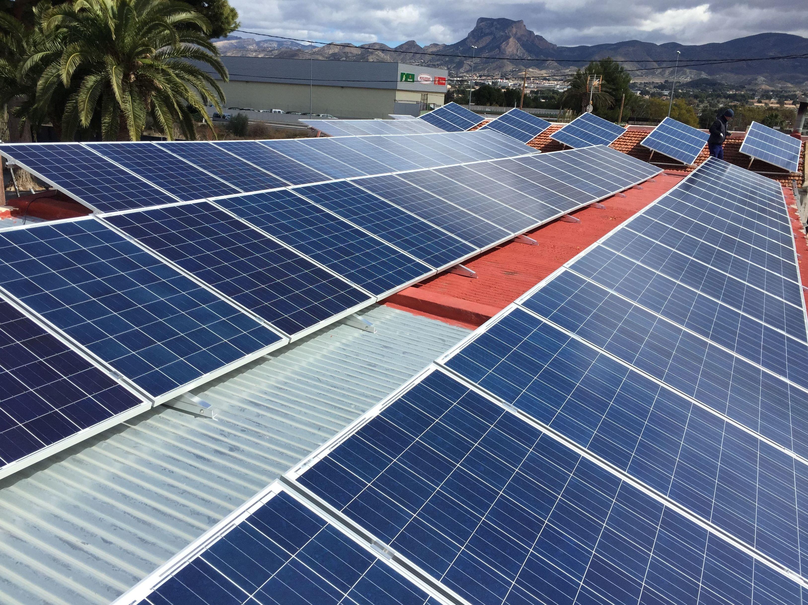 instalación 80 placas solares de 250w
