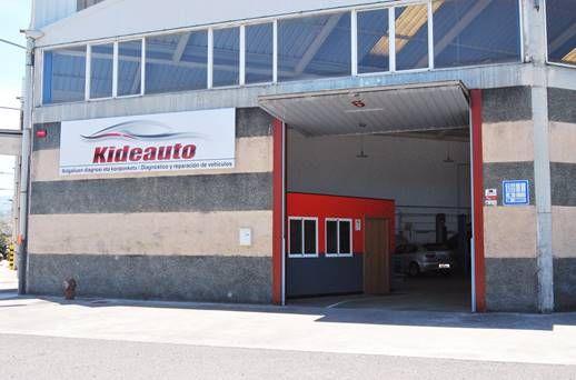 Taller de reparaciones mecánicas del automóvil en Astigarraga, Guipúzcoa