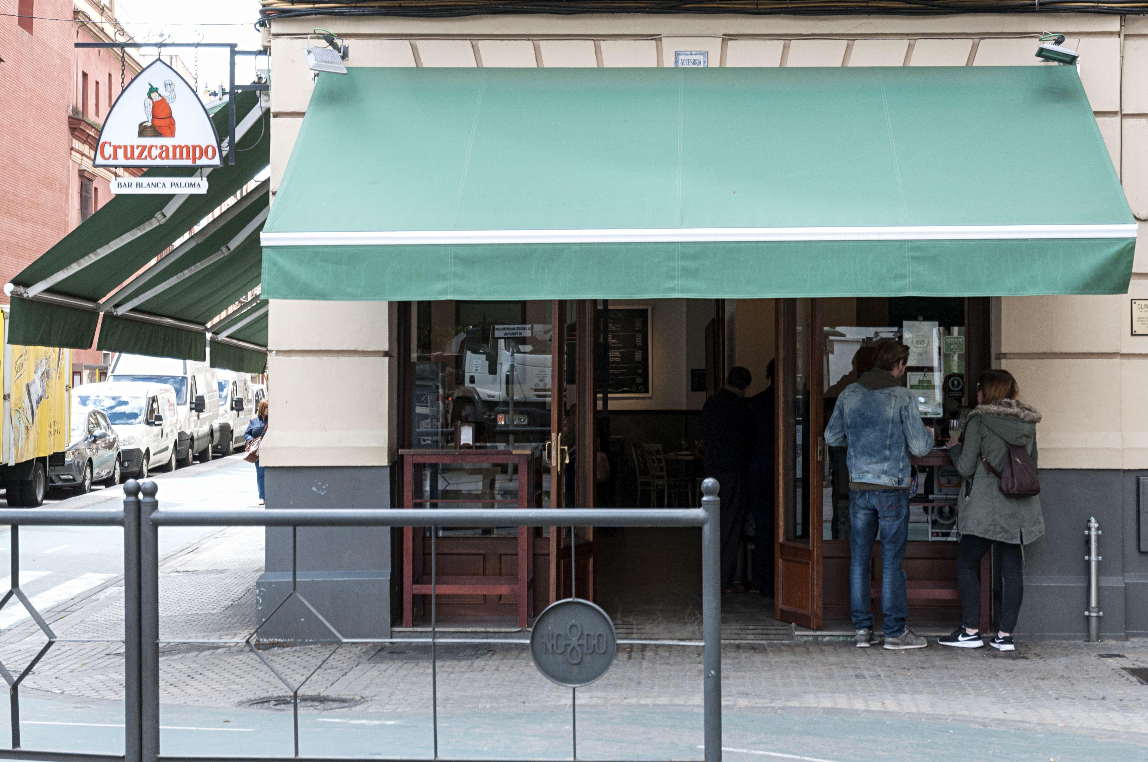 Foto 2 de Tapas en (Reservas sólo por tlf. o en el local) | Bar Restaurante Blanca Paloma