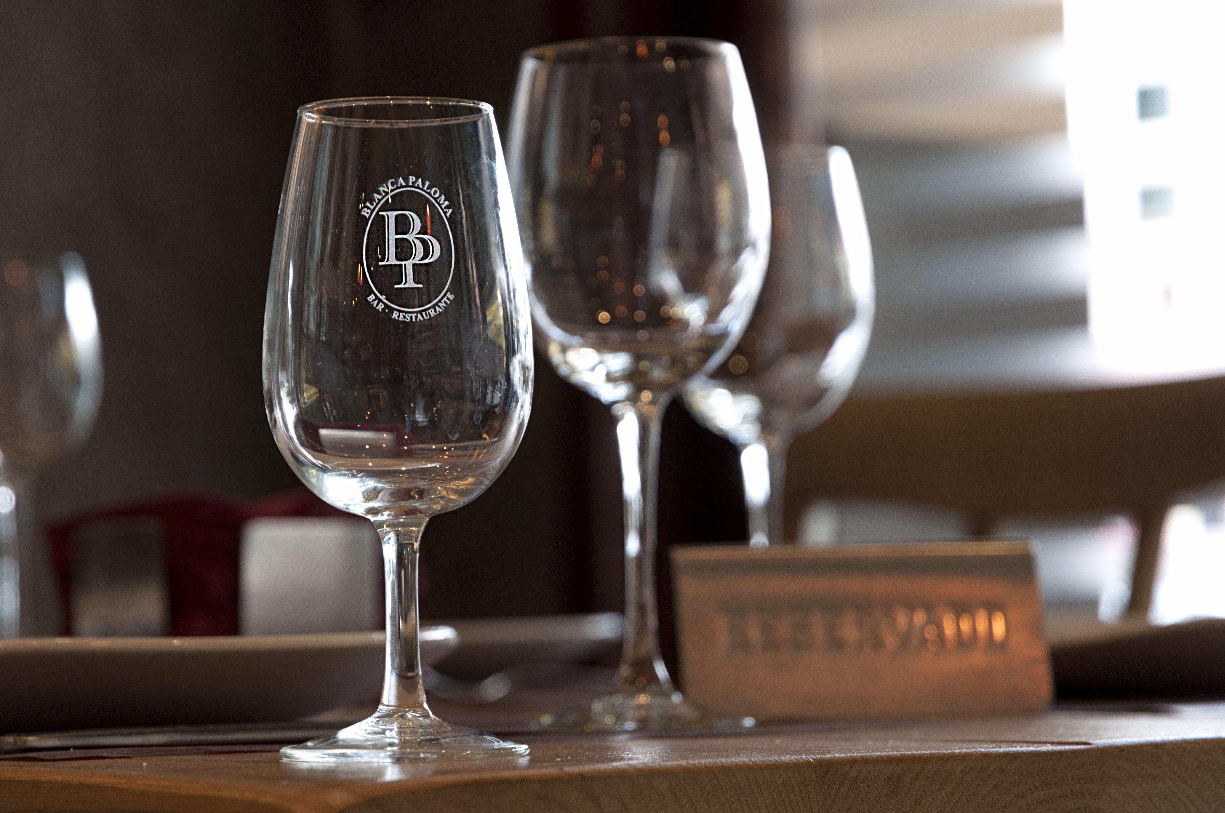 Foto 1 de Tapas en (Reservas sólo por tlf. o en el local) | Bar Restaurante Blanca Paloma