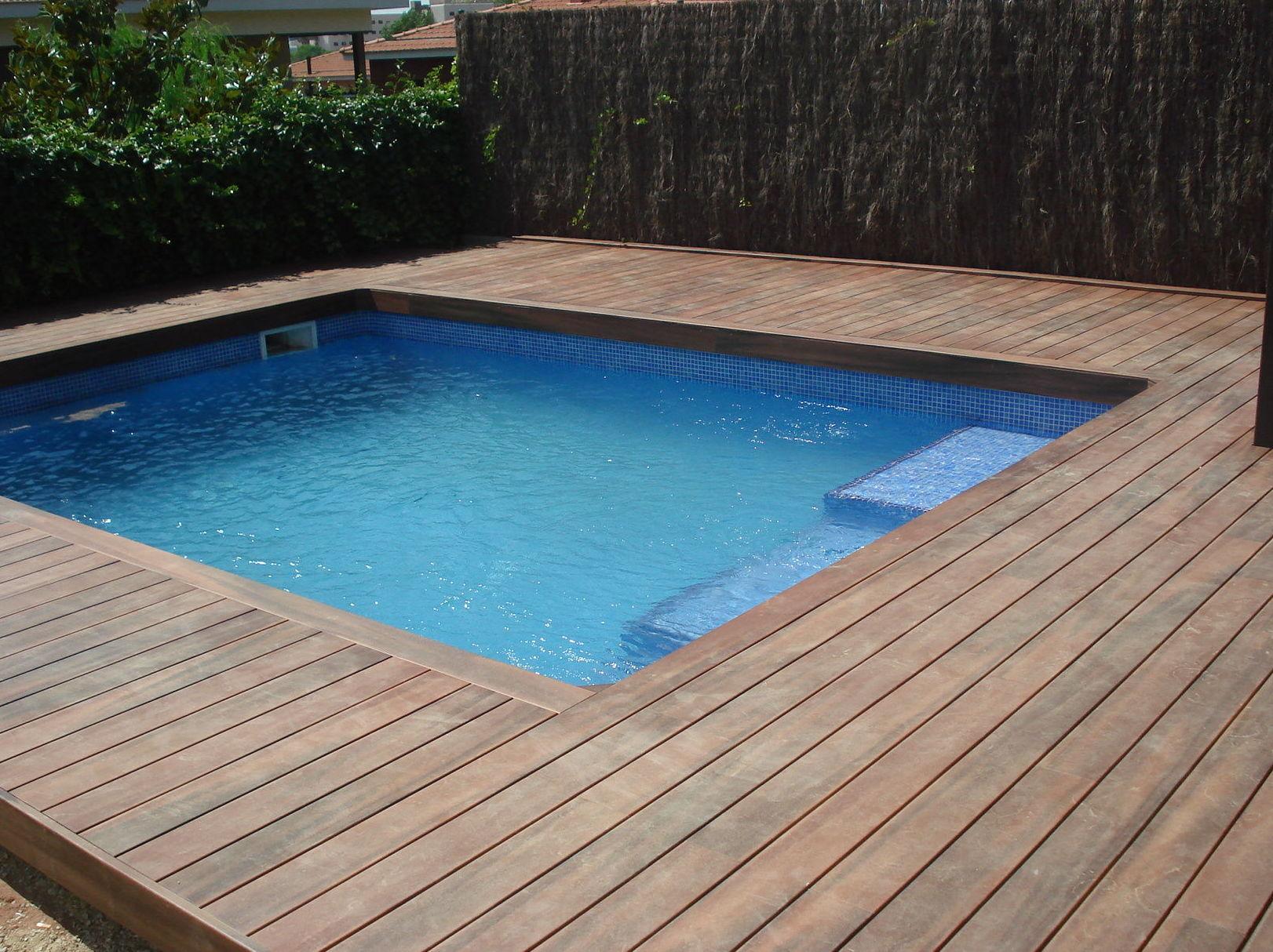 Tarima de exteriores para piscinas 9 for Piscinas exteriores
