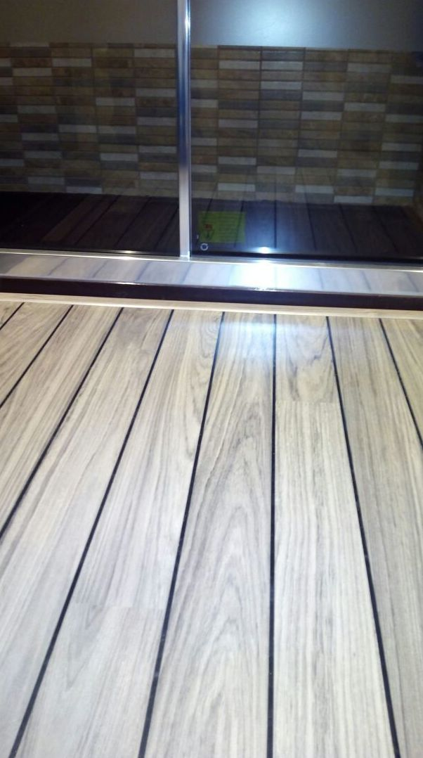 Quick-Step modelo Lagune Roble Claro