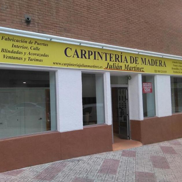 Fachada Carpintería Julián Martínez