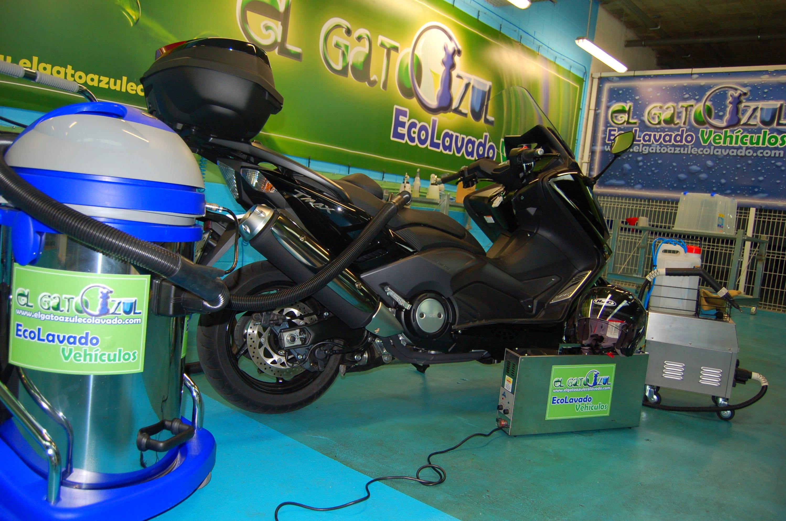 Lavado Moto: Servicios y Precios de El Gato Azul Ecolavado Vehículos