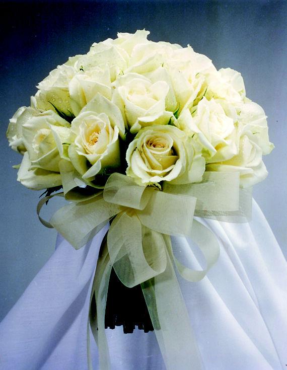 Bouquet de rosas a tallo natural