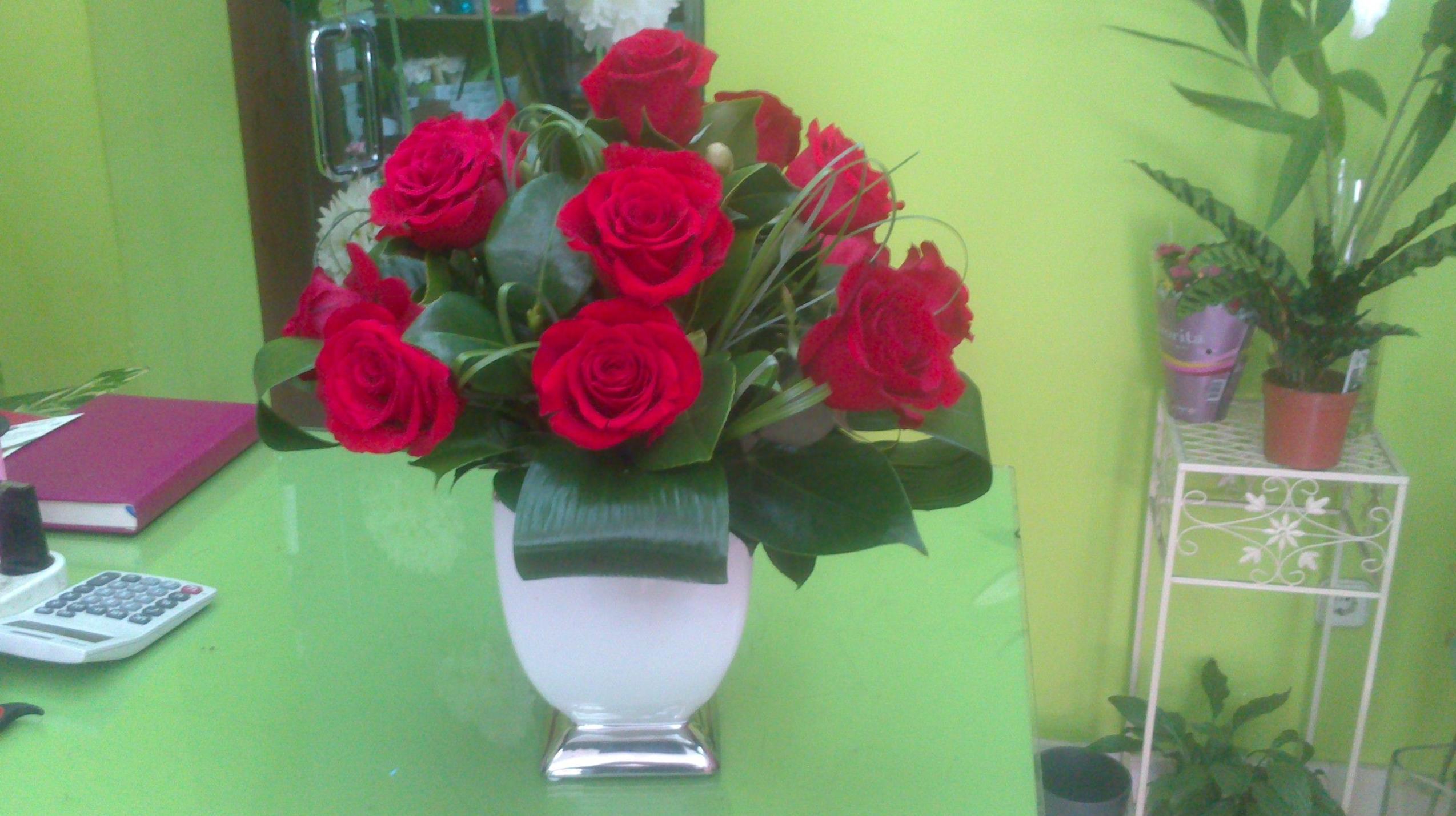 Rosas rojas: Catálogo de flores y plantas de Floristería Pétalos