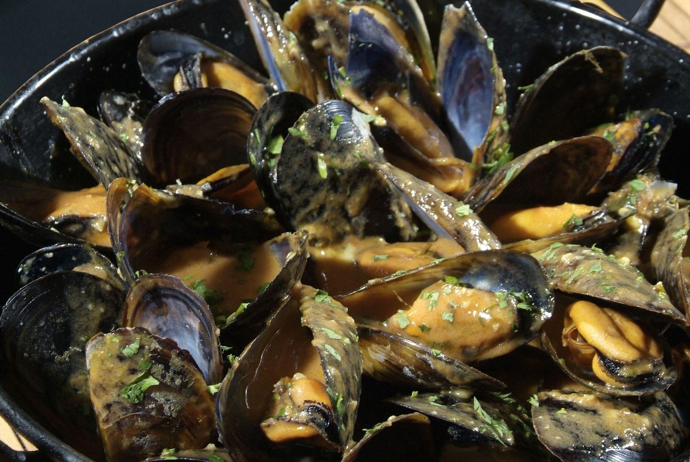 Mejillones a la Marinera en Lorret de Mar - Restaurante Cantarradas