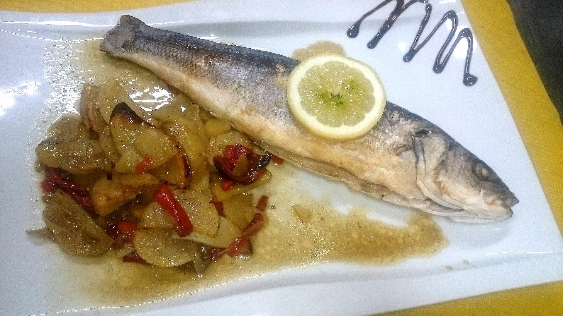 Foto 11 de Restaurante de cocina tradicional en Gerona en Lloret de Mar | Cantarradas