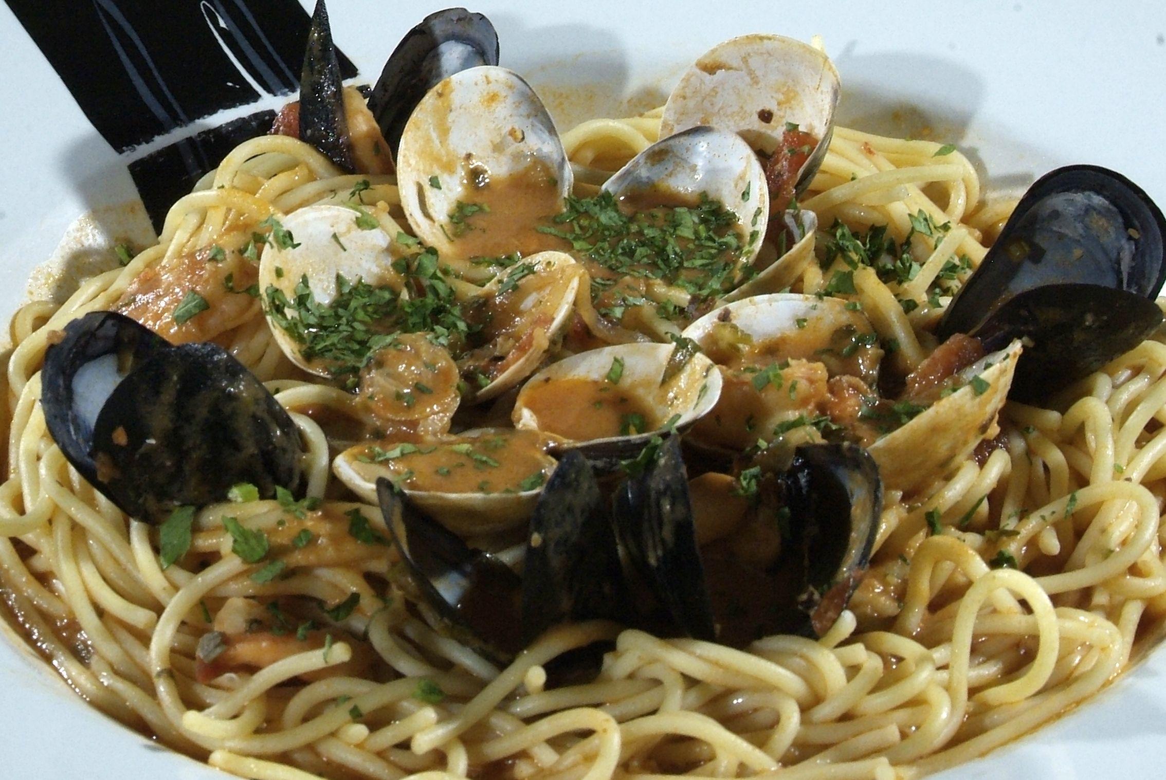 Espaguetis frutti di Mare en Lorret de Mar - Restaurante Cantarradas