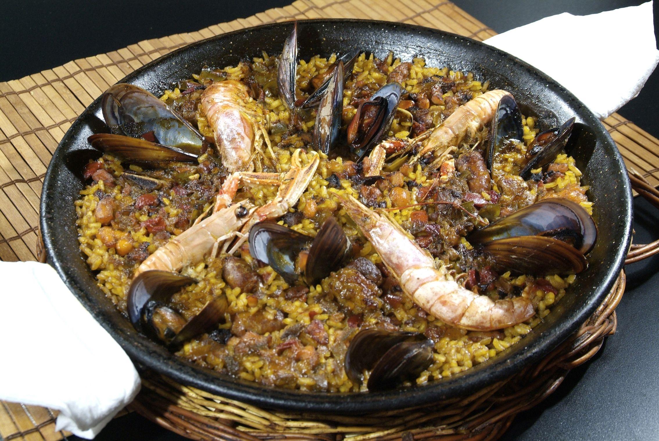 Paella Mixta en Lorret de Mar - Restaurante Cantarradas