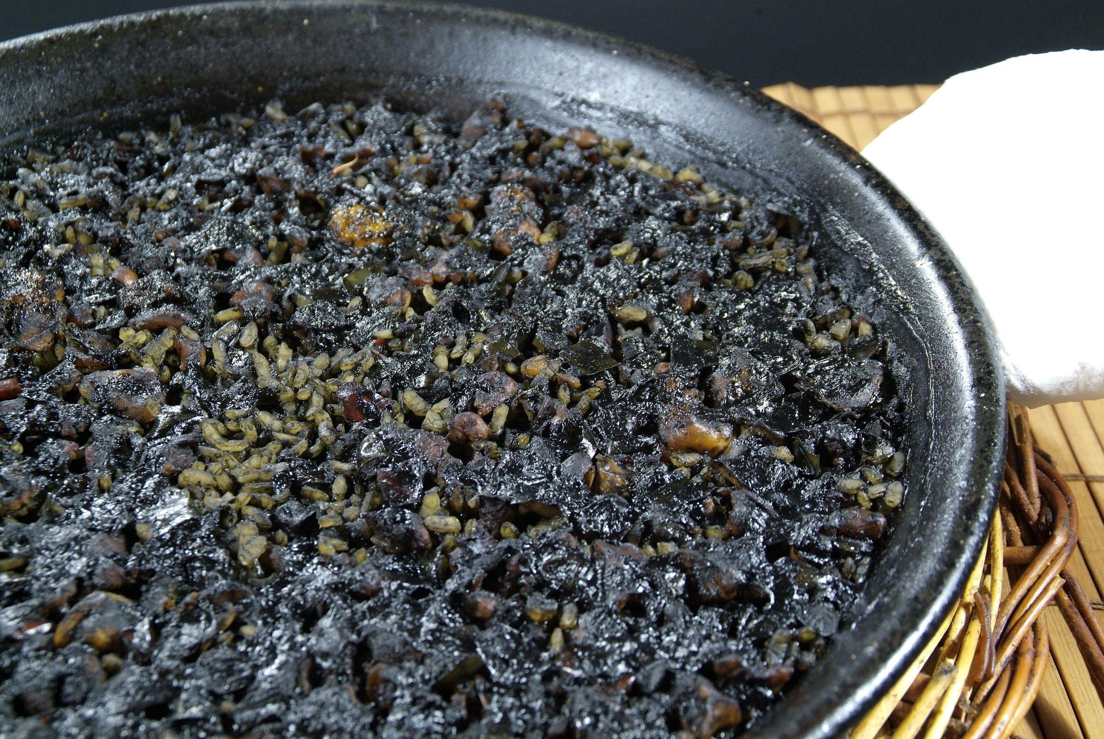 Arroz Negro en Lorret de Mar - Restaurante Cantarradas