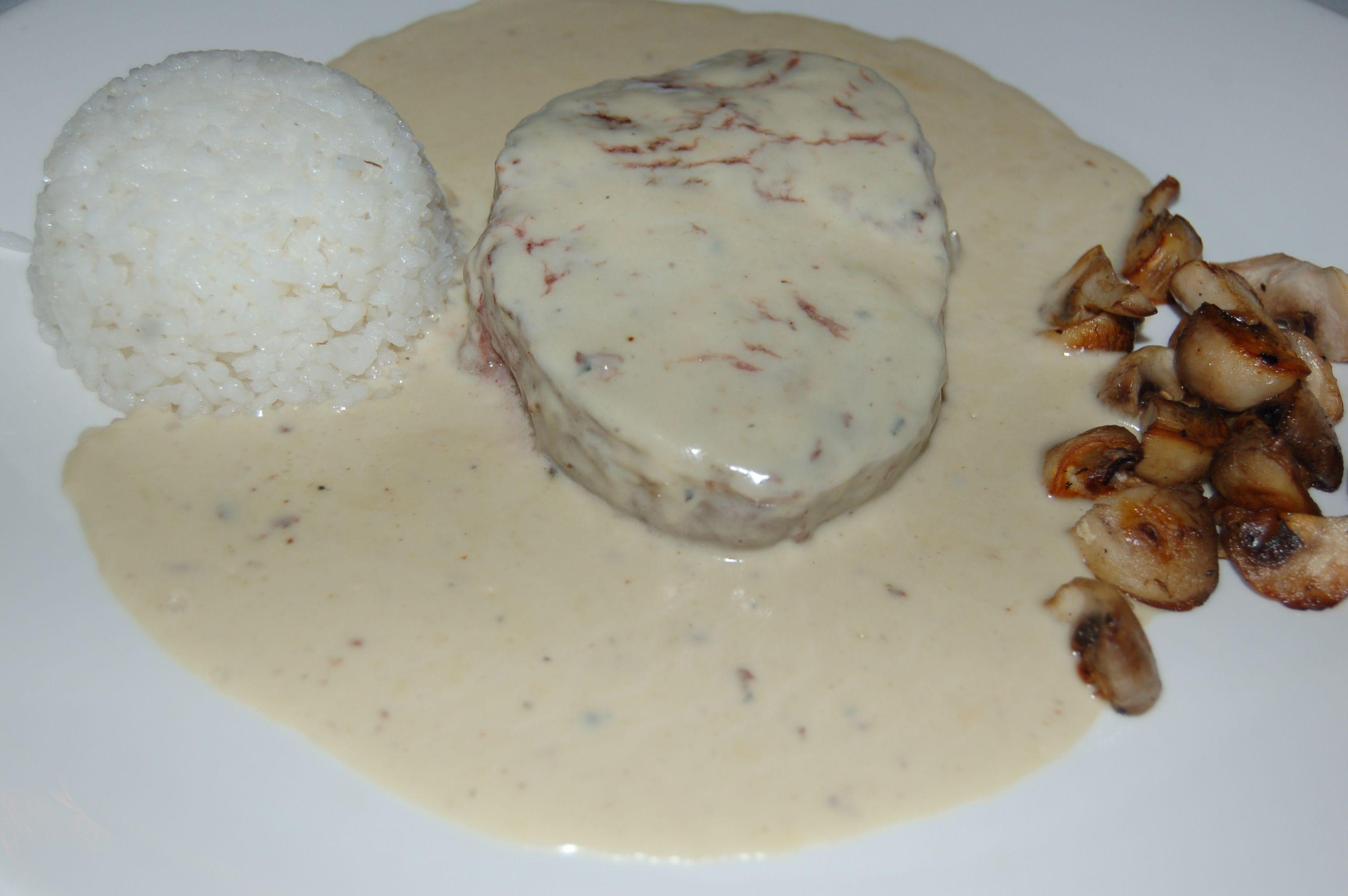 Filete al Roquefort en Lorret de Mar - Restaurante Cantarradas