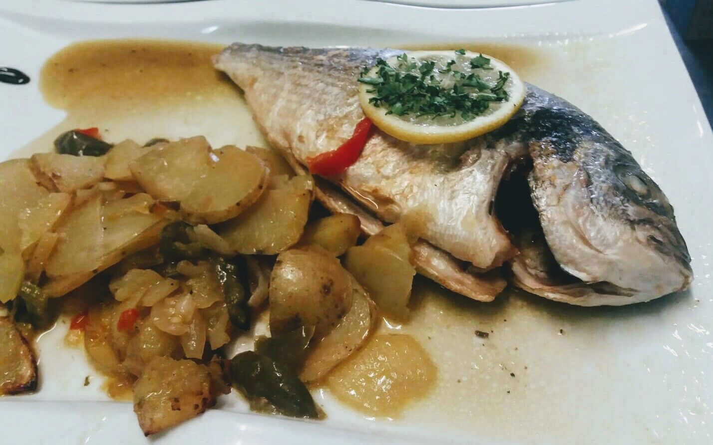 Foto 94 de Restaurante de cocina tradicional en Gerona en Lloret de Mar | Cantarradas