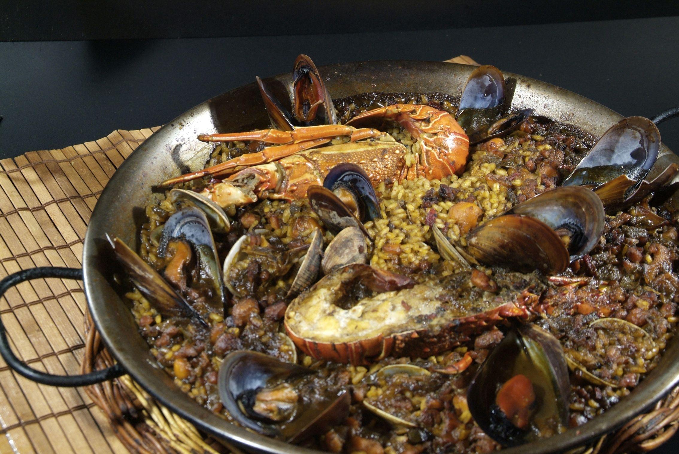 Paella de Langosta en Lorret de Mar - Restaurante Cantarradas