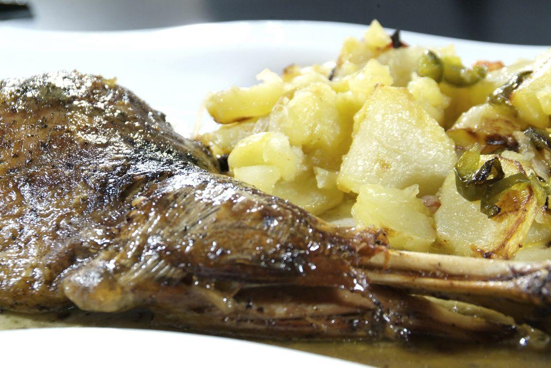 Paletilla de Cordero en Lorret de Mar - Restaurante Cantarradas