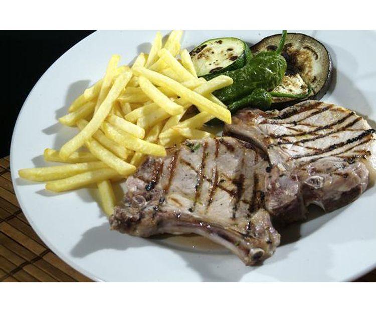 Carne de cerdo con patatas