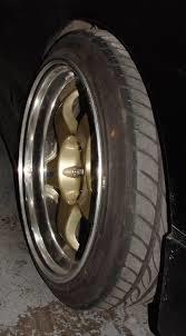 Neumáticos : Servicios de Dj Motors