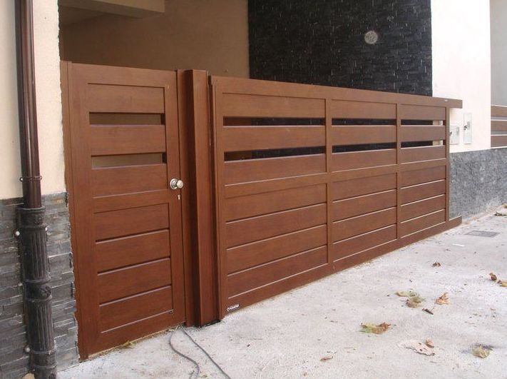 Puertas imitacion madera automaticas pamplona