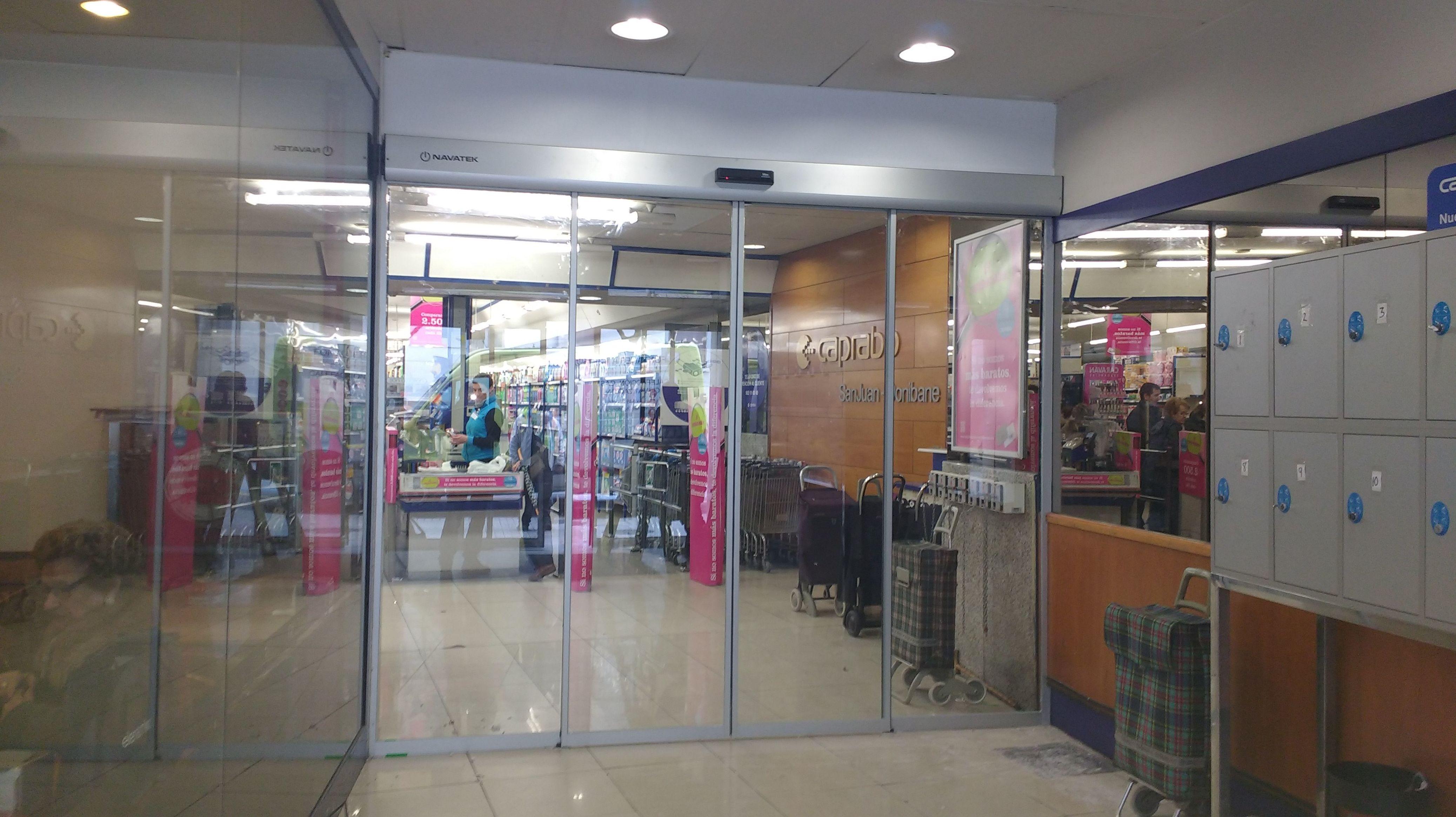 Foto 130 de Puertas automáticas en Galar   Navatek Puertas Automáticas, S.L.