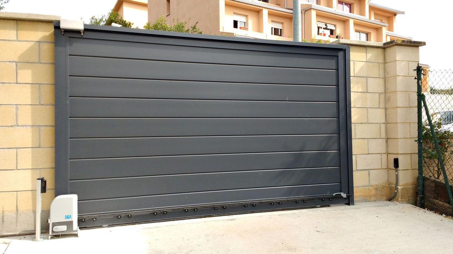 fabricantes puertas metalicas navarra
