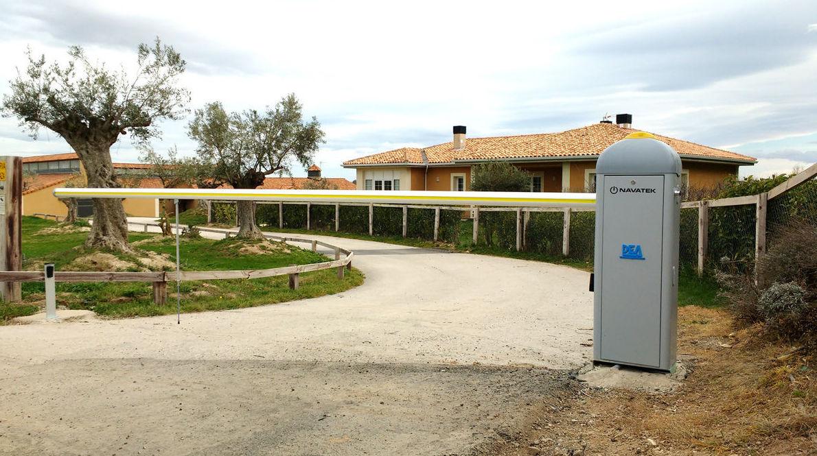 Foto 116 de Puertas automáticas en Olite | Navatek Puertas Automáticas SL