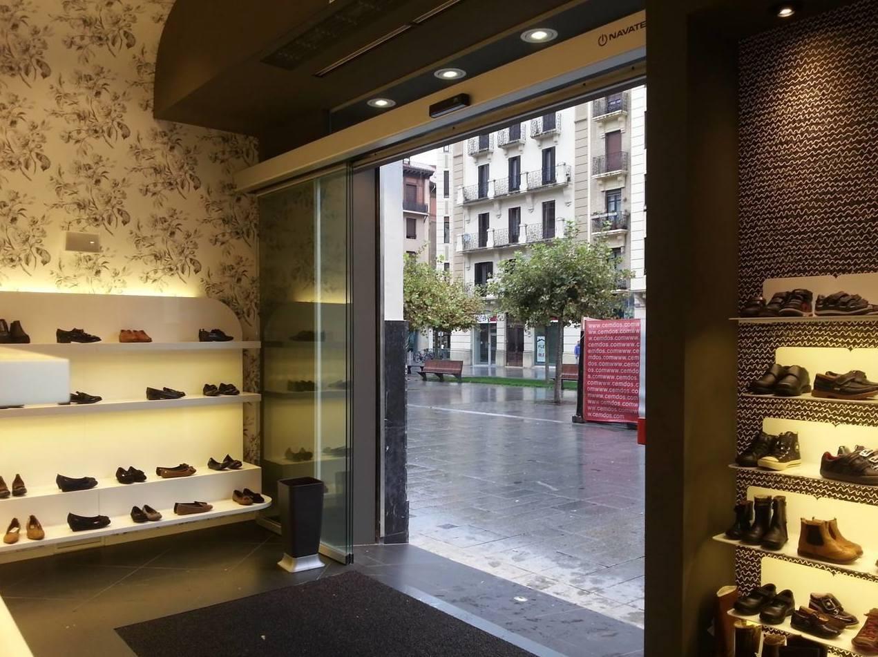Expertos en instalación de puertas automáticas en Navarra