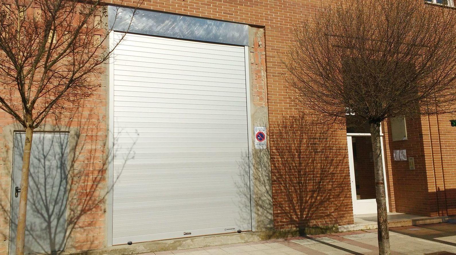 Foto 127 de Puertas automáticas en Olite | Navatek Puertas Automáticas SL