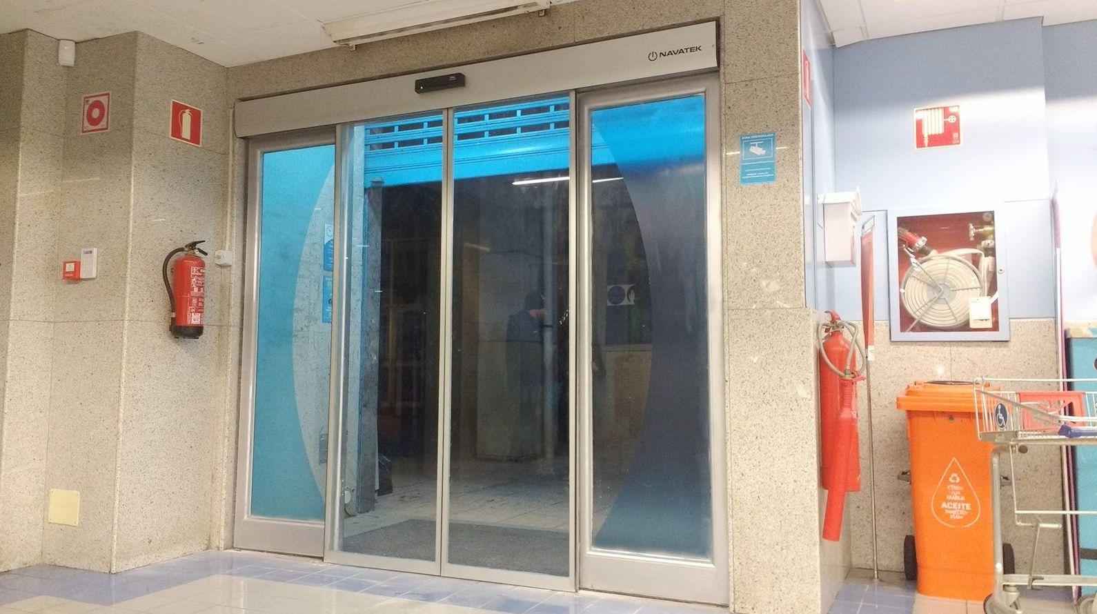 Foto 121 de Puertas automáticas en Galar | Navatek Puertas Automáticas, S.L.
