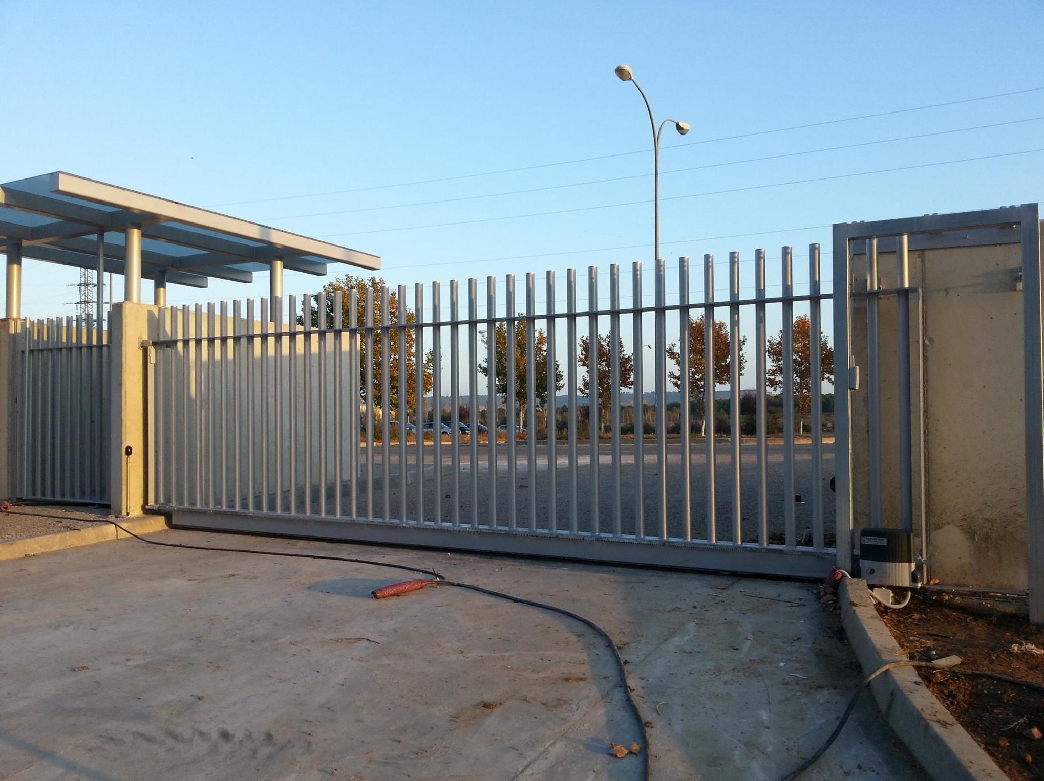 fabricacion puertas correderas metalicas navarra