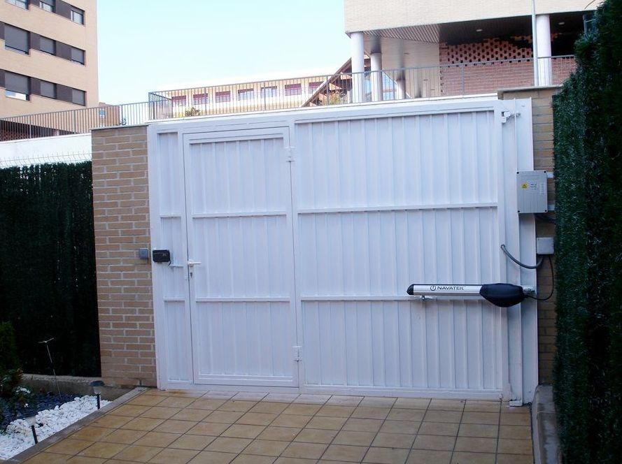 Motor para puerta garaje navarra
