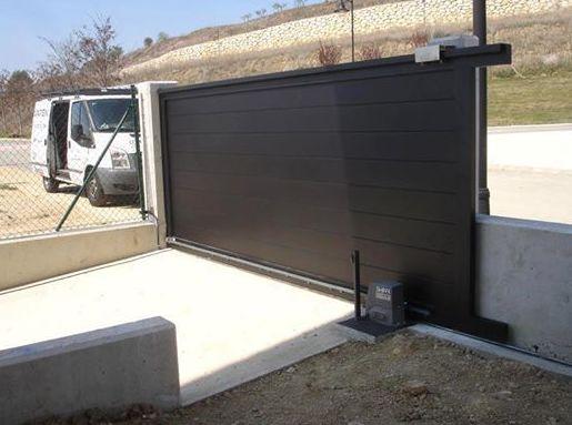 fabricacion puertas correderas aluminio navarra
