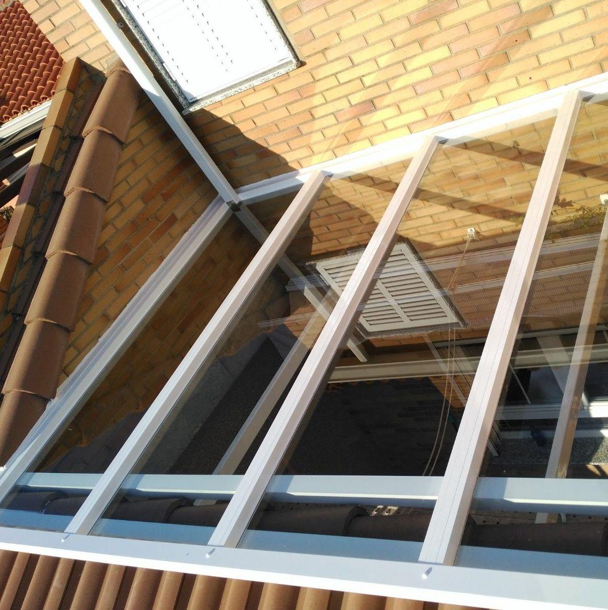 techo fijo de cristal BE y Control Solar