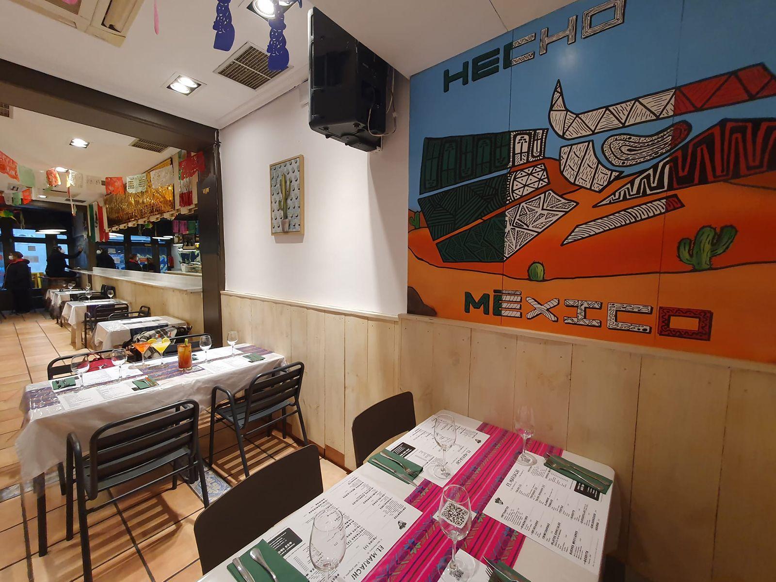 El Mariachi bar, taquería