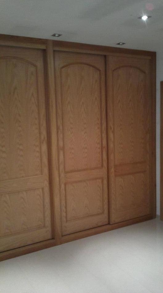 Armario con puerta corredera: Productos y servicios de Salgonzalez