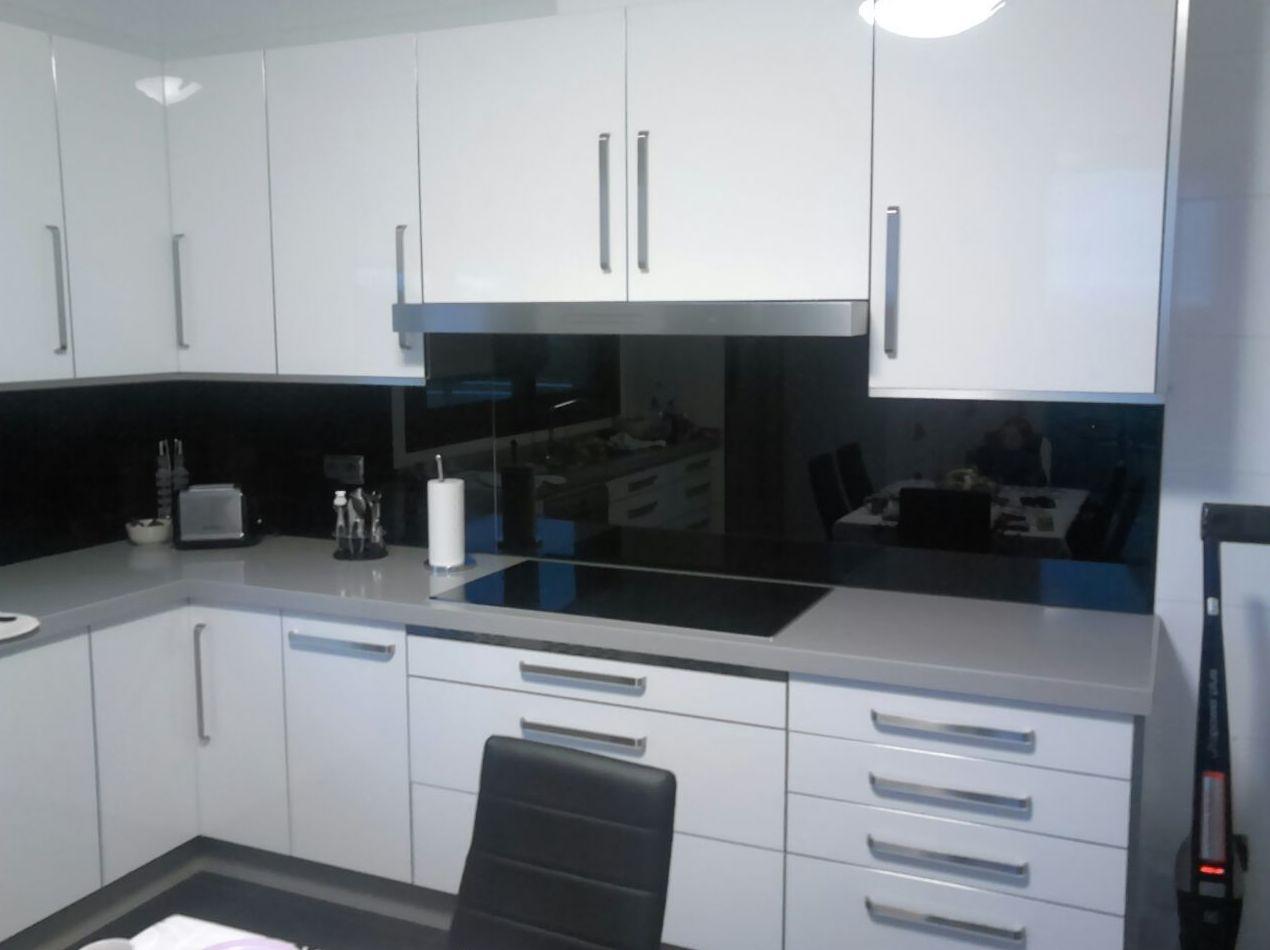 Foto 13 de Muebles de cocina y baño en Pontevedra | Salgonzalez