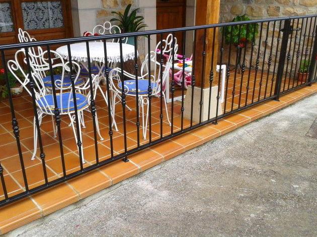 Foto 15 de Carpintería de aluminio, metálica y PVC en Posada de Llanes | Cerrajería Pedrón
