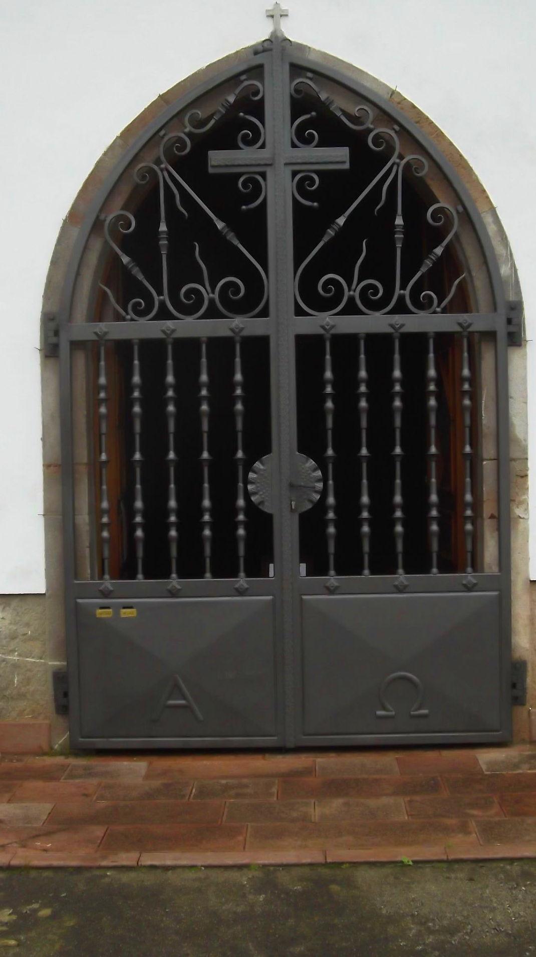 Foto 32 de Carpintería de aluminio, metálica y PVC en Posada de Llanes | Cerrajería Pedrón
