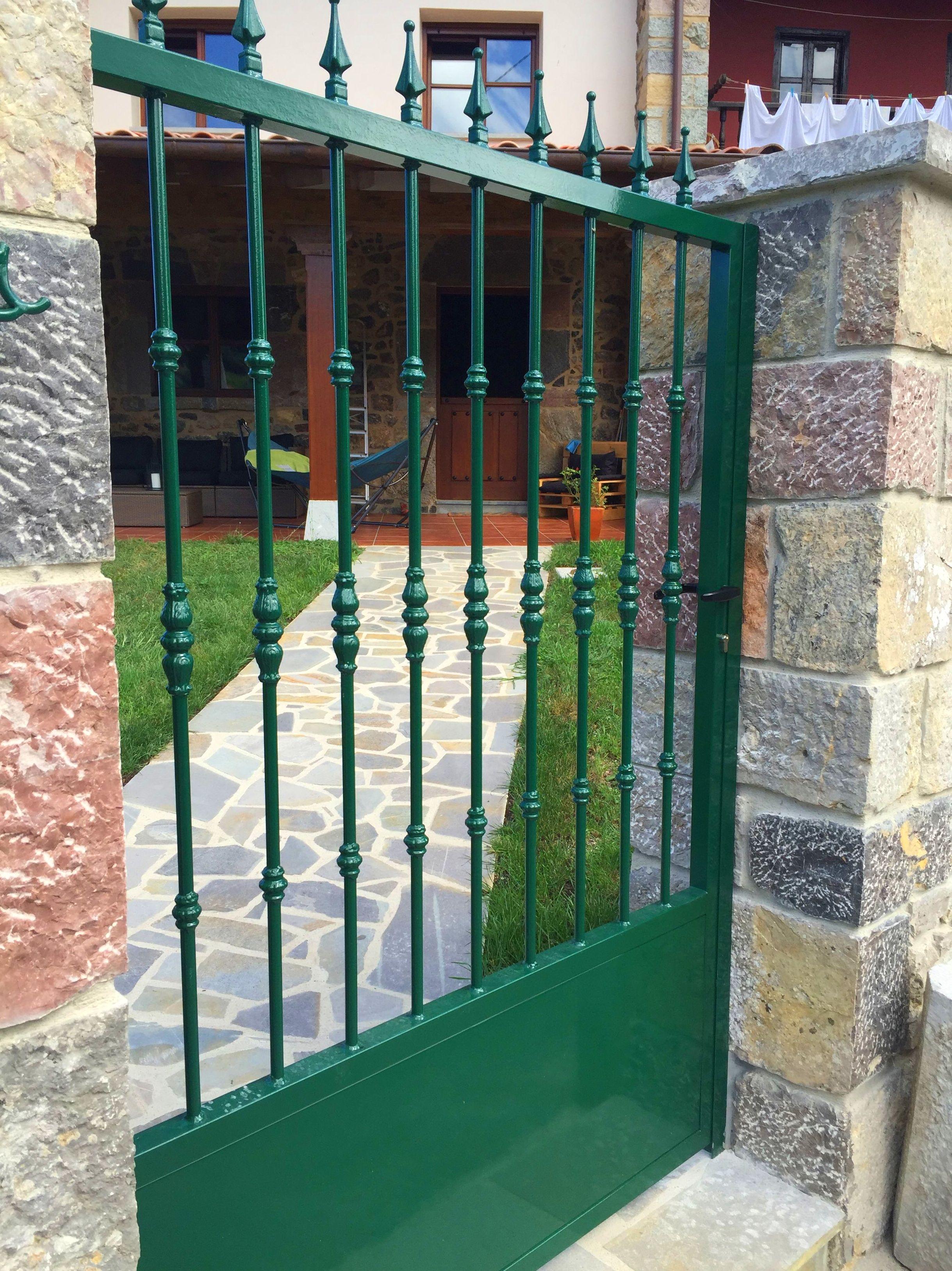 Foto 9 de Carpintería de aluminio, metálica y PVC en Posada de Llanes | Cerrajería Pedrón