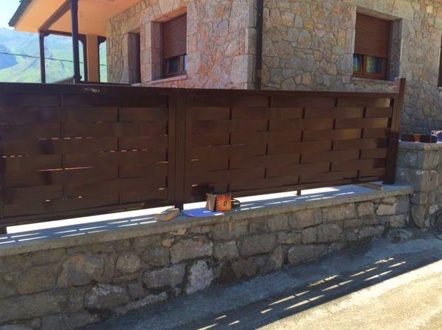 Foto 52 de Carpintería de aluminio, metálica y PVC en Posada de Llanes | Cerrajería Pedrón